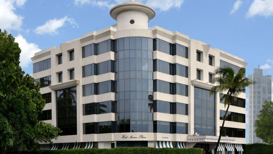 Facade,Hotel Marine Plaza Mumbai 13