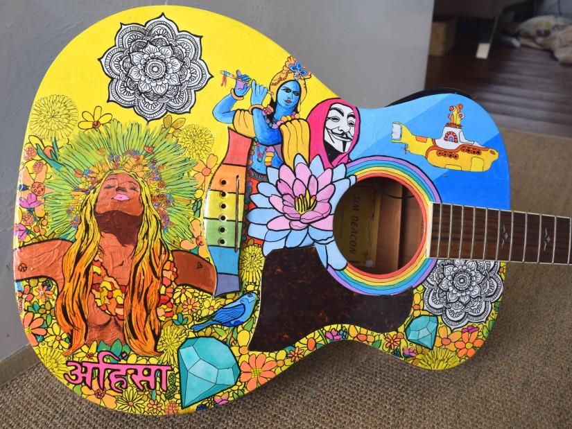 painted-guitar-5214933