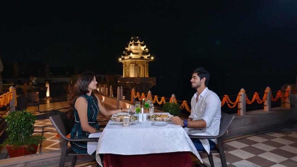 31. Terrace Dining