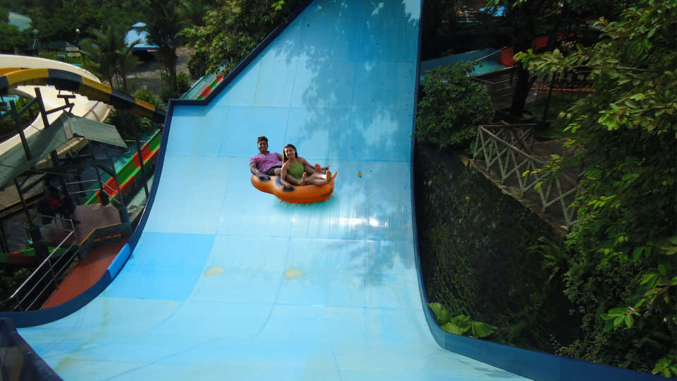Water Rides - Water Pendulum at Wonderla Kochi Amusement Park