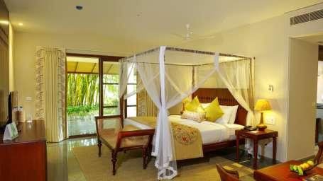 Luxury Private Pool Villa Niraamaya Retreats Kumarakom