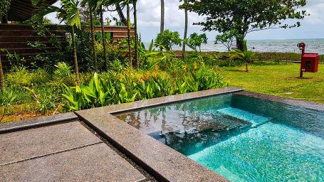 Presidential Villa Pool 2