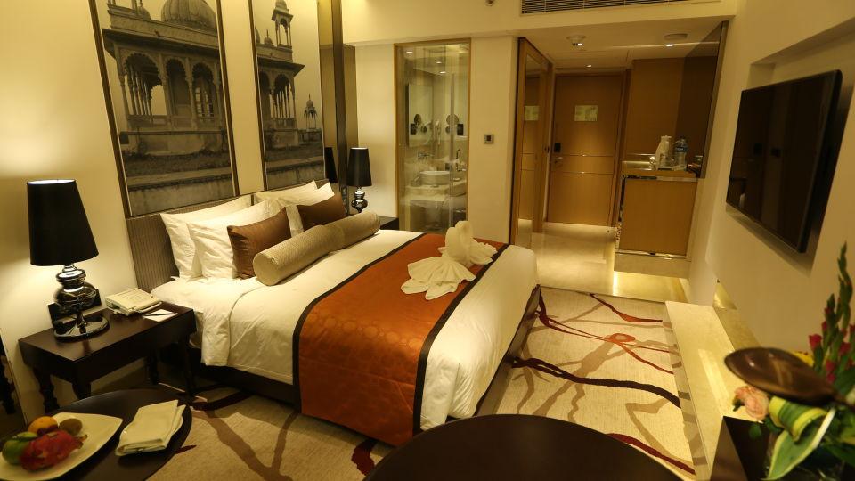 Deluxe Room6