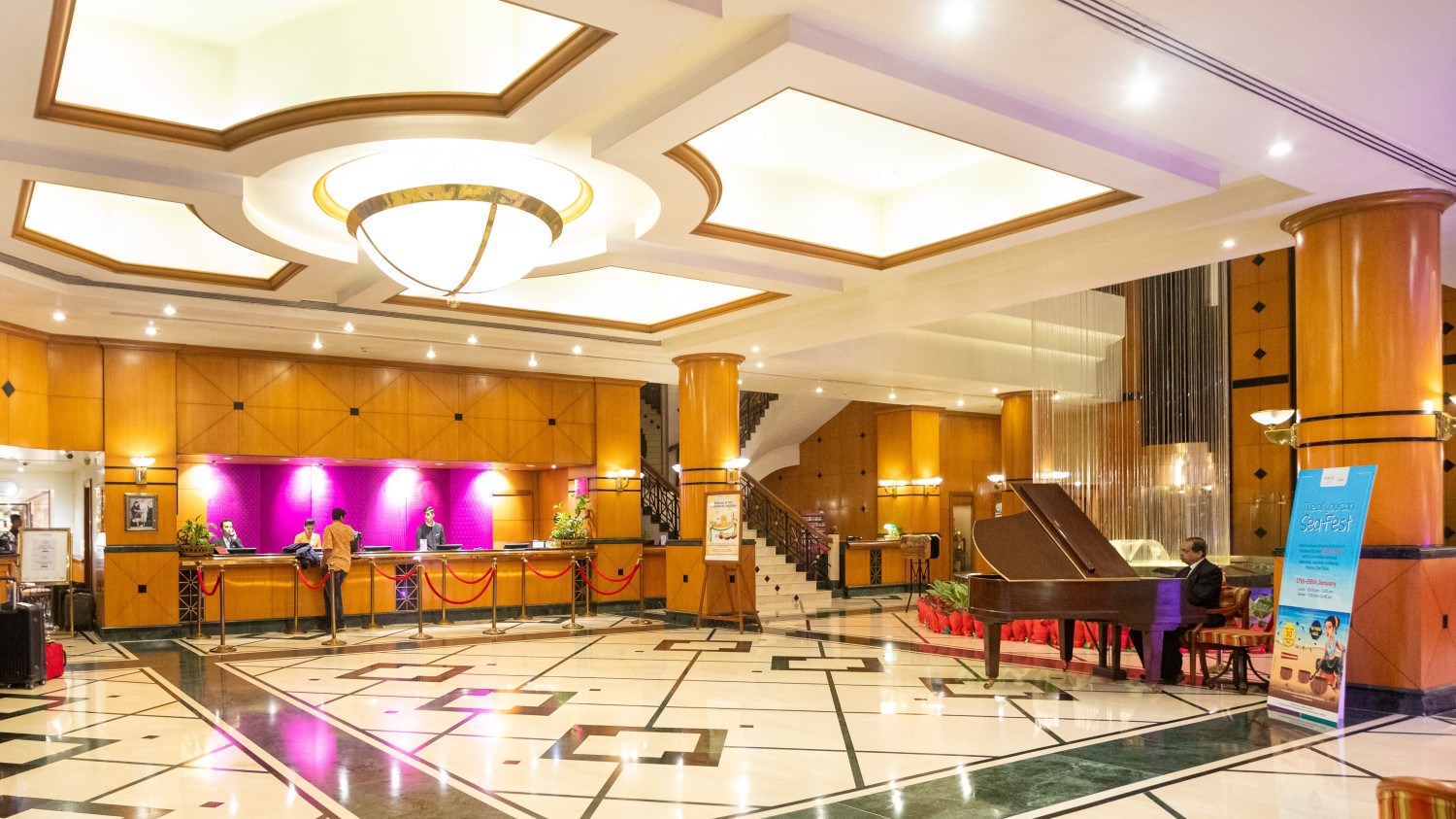 Lobby 2, Orchid Hotel Mumbai Vile Parle, 5 Star Hotel in Vile Parle