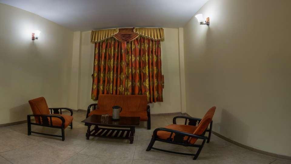 The Pavilion Hotel, Nainital Nainital Balcony Room The Pavilion Hotel Nainital 2