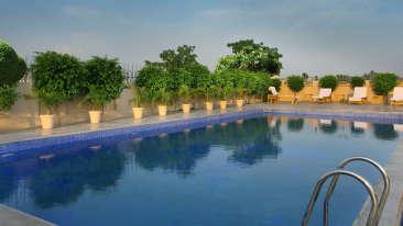 Swimming Pool at Hotel Seyfert Sarovar Premiere Dehradun