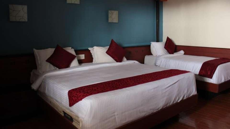 Jayaraj Residency, Kodaikanal  Deluxe Room Jayaraj Residency Kodaikanal 21