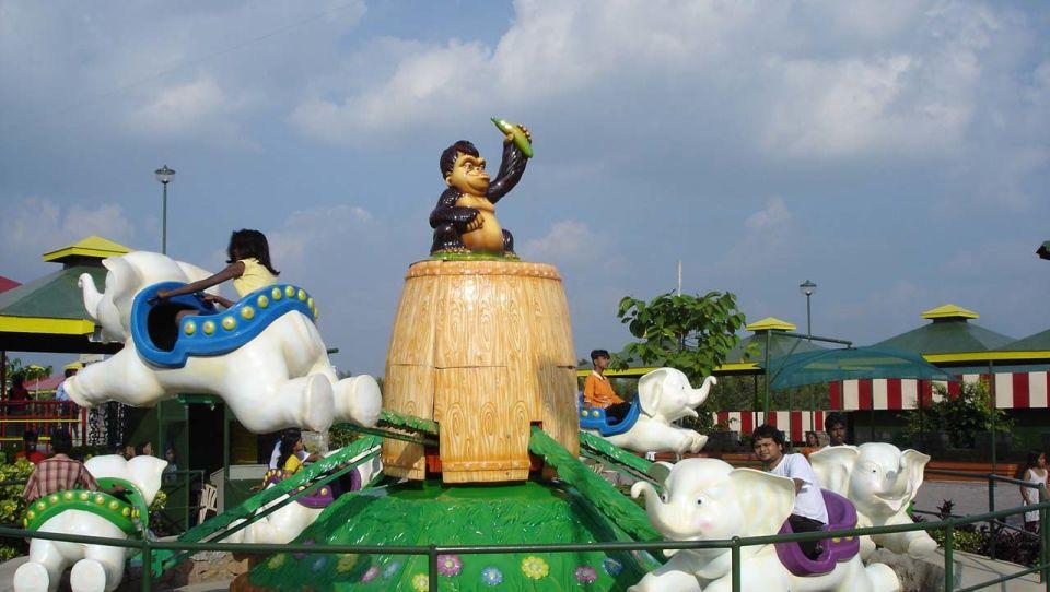 Kids Rides - Flying Jumbo at  Wonderla Amusement Park Bengaluru