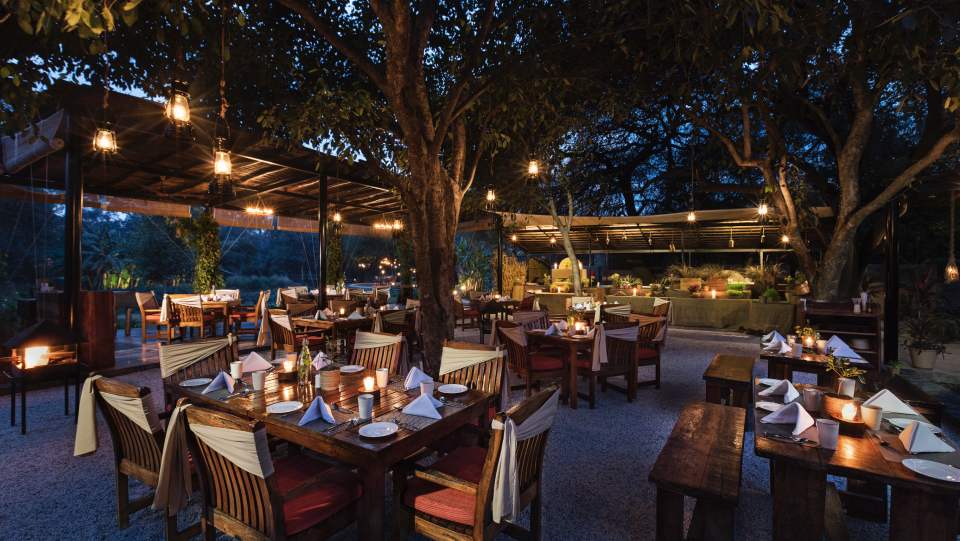 Under The Jamun Tree-Restaurant in Bhopal-Jehan Numa Retreat, Luxury Hotels in Bhopal 9