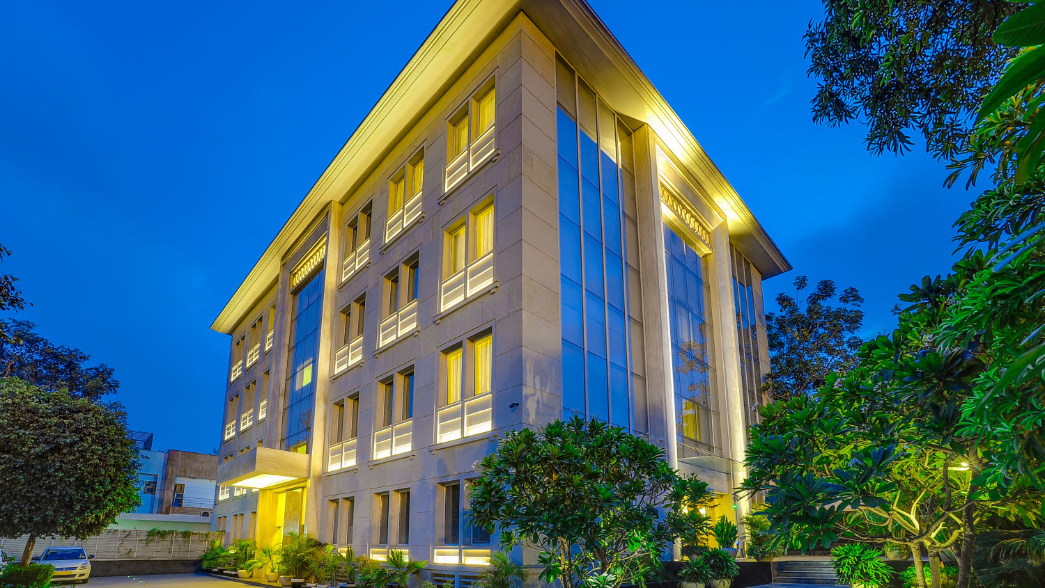 Facade at The Muse Sarovar Portico Nehru Place New-Delhi 2