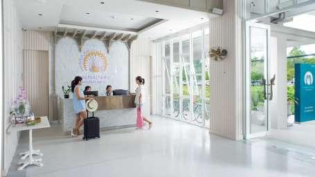 24 hour Reception Hotel Pnaphuree Residence Phuket Hotel in Phuket