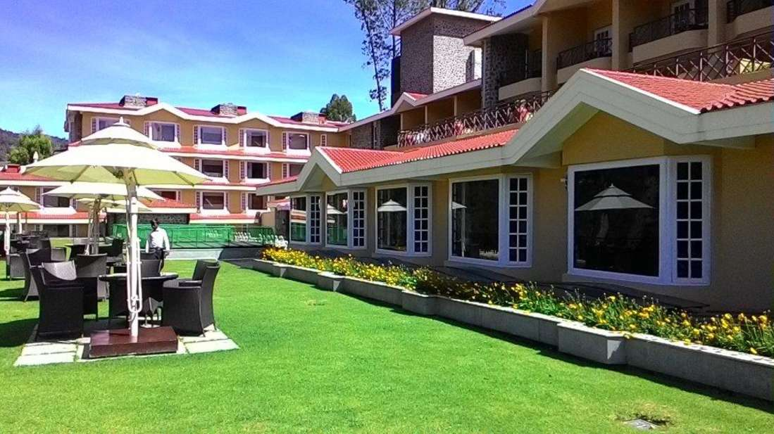 Outdoors - The Carlton - Best 5 Star Hotel in Kodaikanal