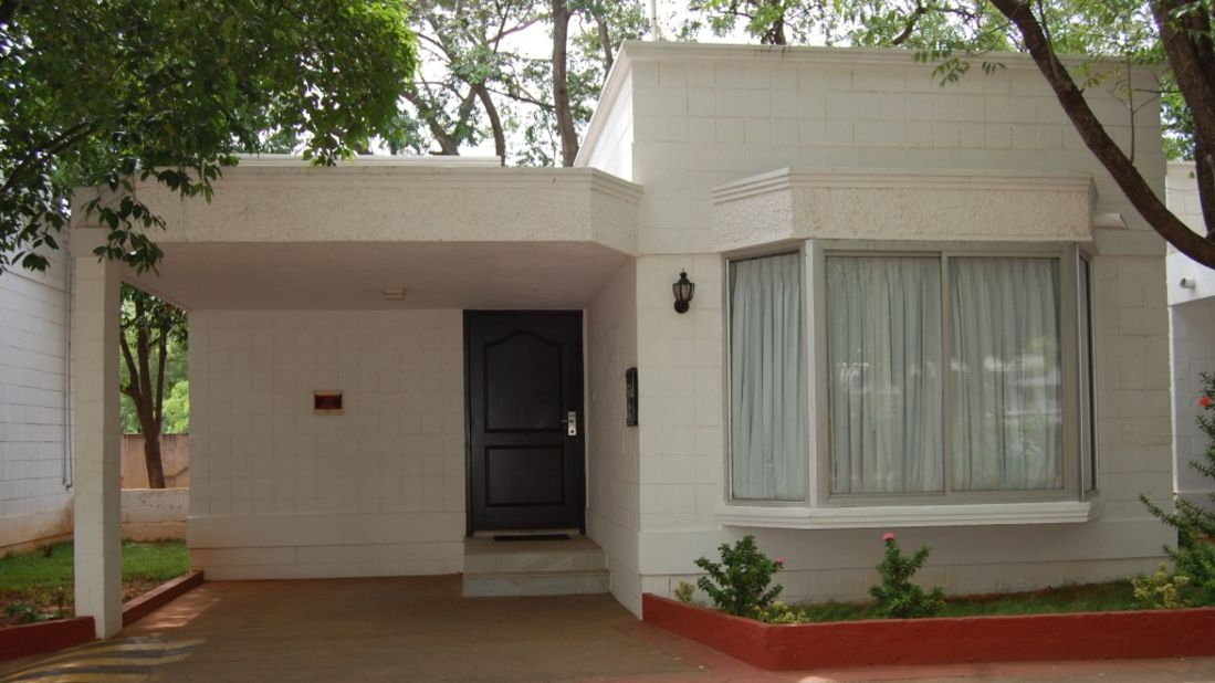 DELUXE VILLA OUTVIEW at Hotel SRM Trichy