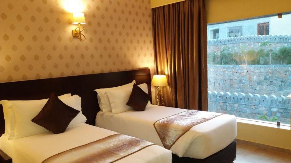 Premier Room Ramada Resort Kumbhalgarh Hotel in Kumbhalgarh 2