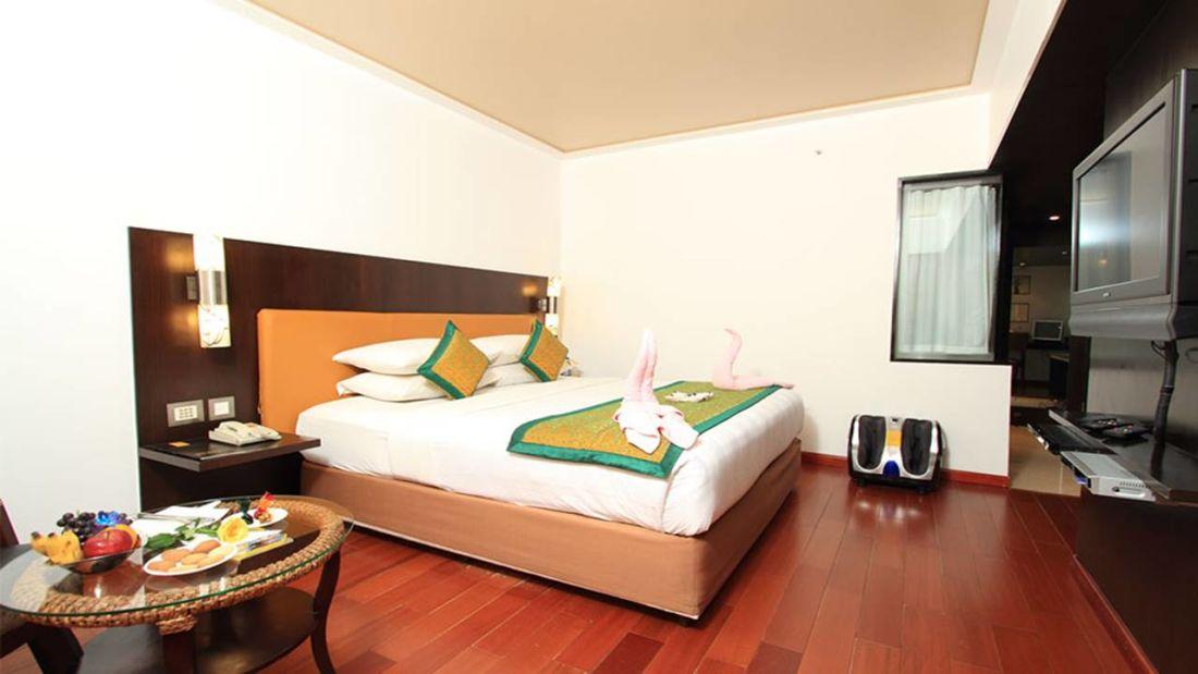 Iris Hotel Bangalore Iris Club Suite 4 at Iris Hotel on Brigade Road Bangalore