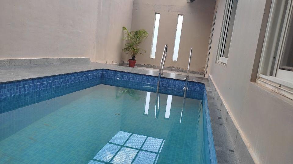 Pool villa 10