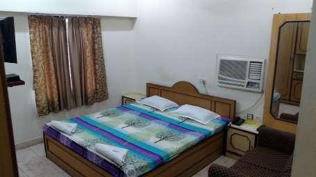 Hotel Venkateshwara, Prince Ghulam Mohammad Road, Kolkata Kolkata Deluxe AC Double Room  Hotel Venkateswara  Kolkata