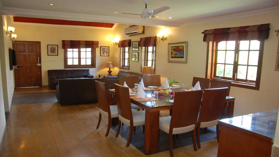 The Bungalows Light House, Goa Goa Dining area 2