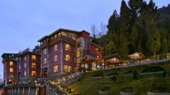 Facade   Hotel RK Sarovar Portico Srinagar   top hotels in srinagar2