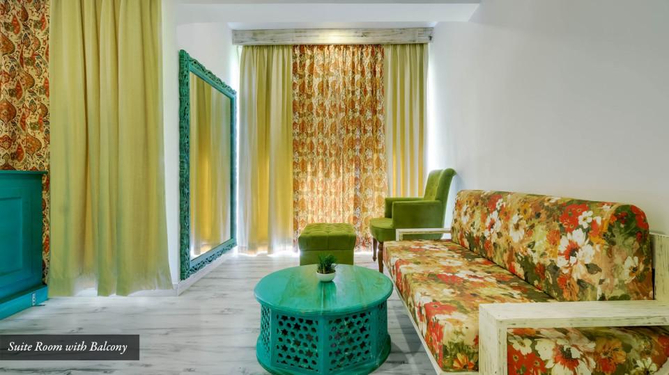 suiteroom-balcony2