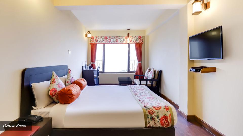 Deuxe-room1