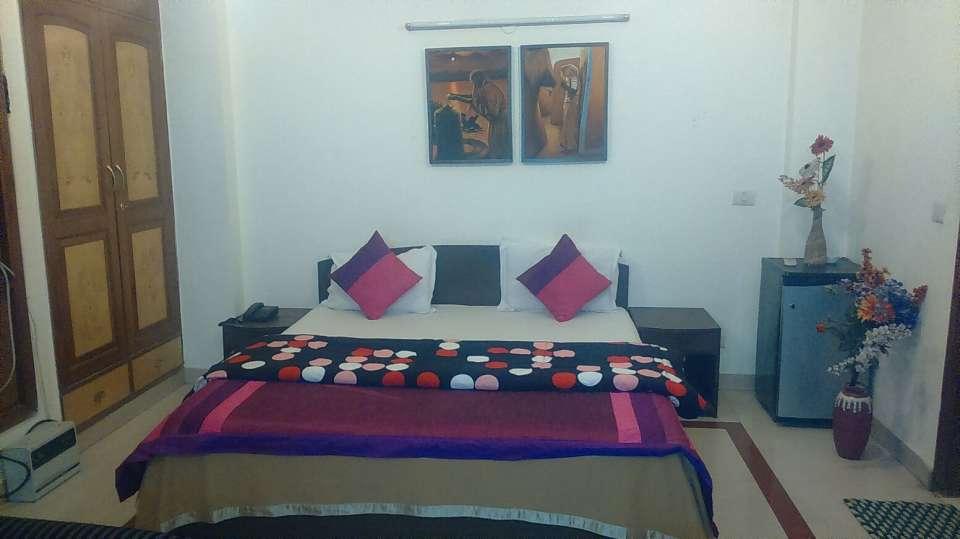Hotel V M Residency, Vasant Kunj, Delhi New Delhi And NCR Deluxe Room Hotel VM Residency Delhi 1
