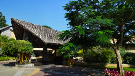 facade at poetree sarovar portico thekkady, top hotels in thekkady 2