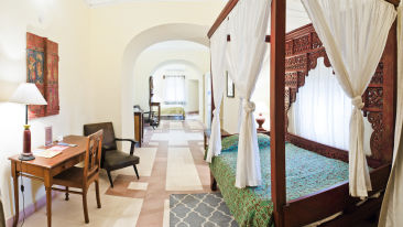 Manak Mahal_ Tijara Fort Palace_ Hotel Rooms in Rajasthan_ Rooms Near Jaipur 5