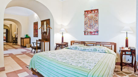Manak Mahal_ Tijara Fort Palace_ Hotel Rooms in Rajasthan_ Rooms Near Jaipur 13