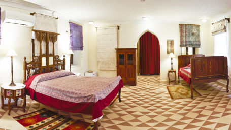 Saili Mahal_ Tijara Fort Palace_ Hotel Rooms in Rajasthan_ Rooms Near Jaipur 3