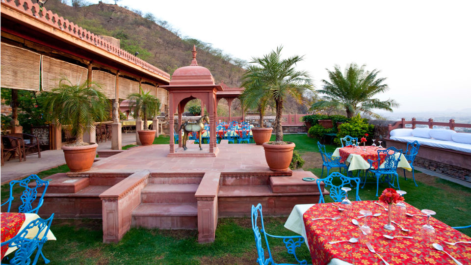 Neemrana Fort-Palace - 15th C, Delhi-Jaipur Highway Neemrana Dining Neemrana Fort Palace 8 5