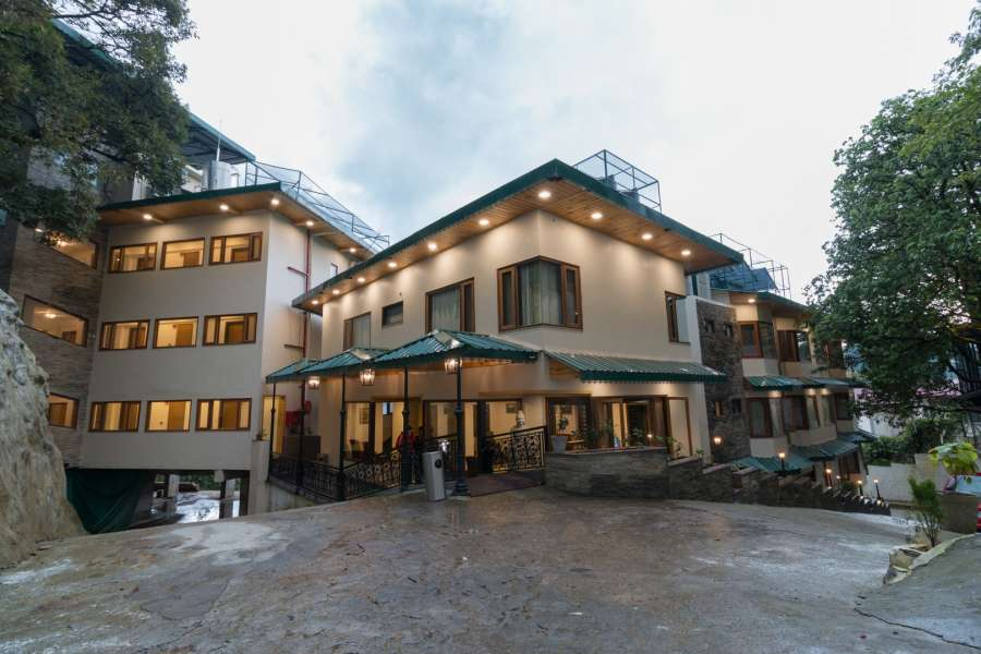 alt-text Hotel rooms in Mussoorie 47F