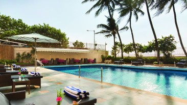 Ramada Plaza Palm Grove, Juhu Beach, Mumbai Mumbai facilities hotel ramada plaza palm grove juhu beach mumbai Around the Hotel 1 2