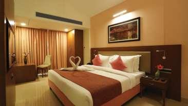 Evoke Lifestyle Candolim Goa room