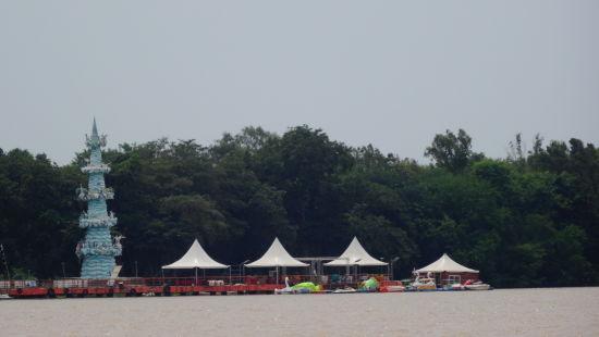 Bhavani Island Hotel Southern Grand Places To Visit in Vijayawada