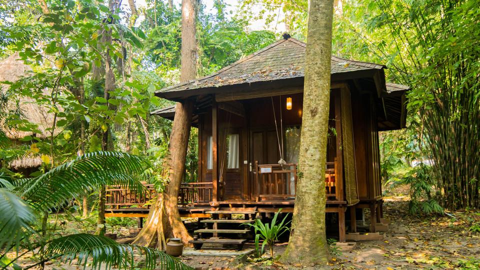 07 Accommodation Air-conditioned Andaman Villa Facade