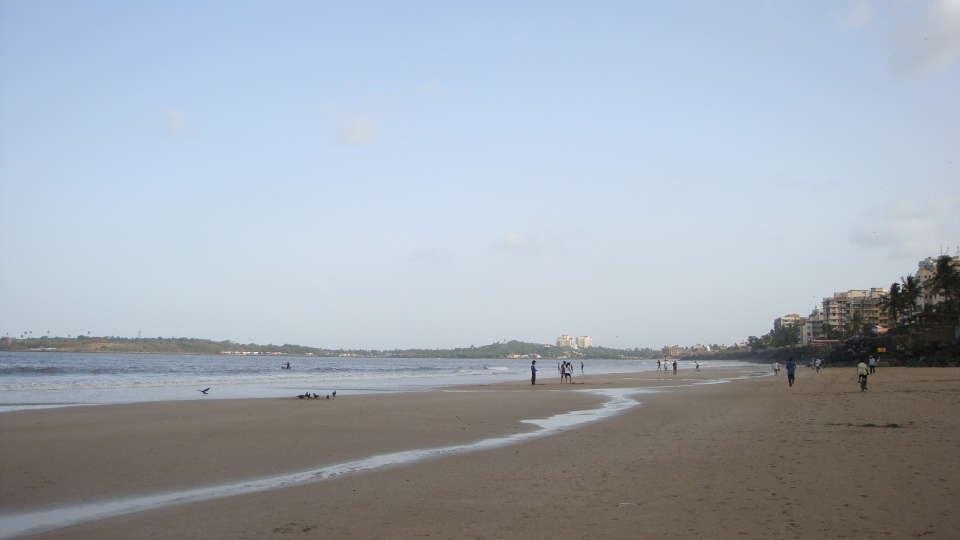 Versova beach, Grand Hometel Mumbai, tourist places in mumbai