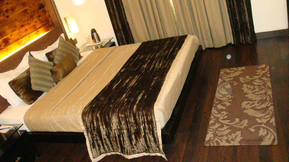 Hotel Shreyans Inn, Safdarjung Enclave, New Delhi Delhi Shreyans Inn Safdarjung Enclave New Delhi Deluxe Rooms