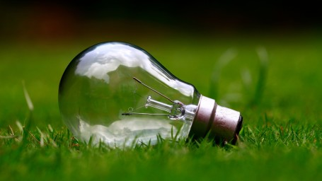 light-bulb-984551 1920