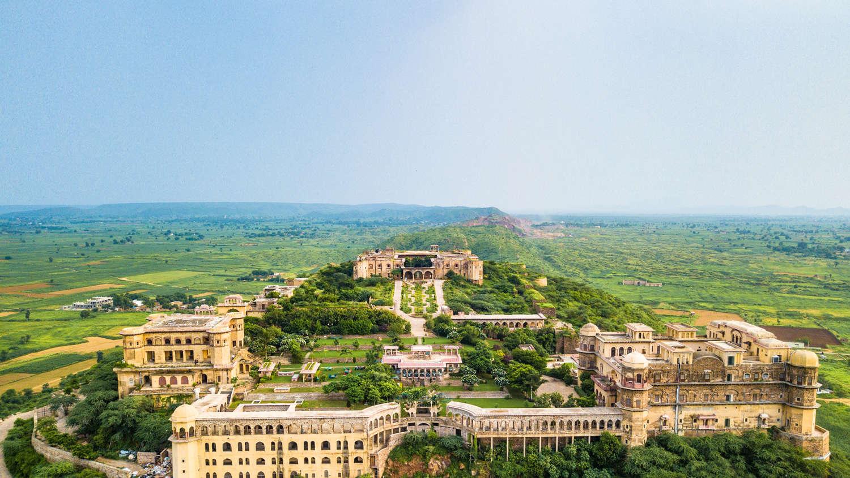 Tijara Fort Palace | Rajasthan Hotel | Palace Hotels In ... on ahmedabad homes, south india homes, assam homes, delhi homes, south asia homes, bangalore homes, juhu homes, north india homes, darjeeling homes,