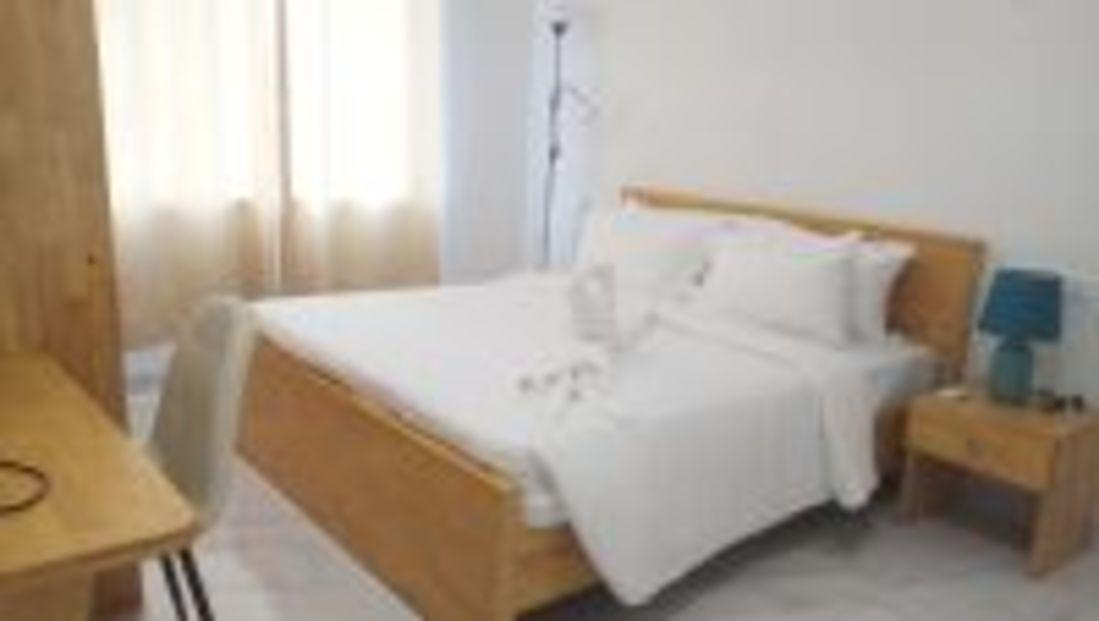 Premium Bedroom3 il4wry