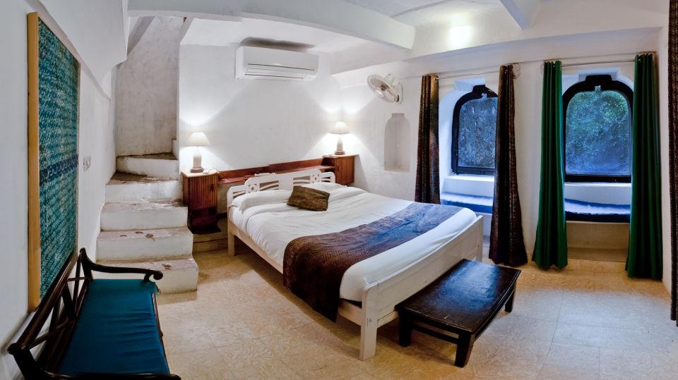 Hill Fort-Kesroli - 14th C, Alwar Kesroli Hill Fort-Kesroli Alwar Naqqar Khana Mahal