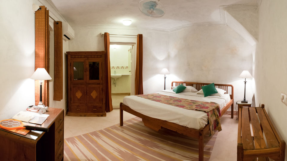 Hill Fort-Kesroli Alwar Sultan Mahal, Palace Hotels in Rajasthan