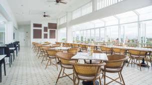 The Moro Pool Restaurant 2 Hotel Panphuree Residence Phuket Dinner in Phuket