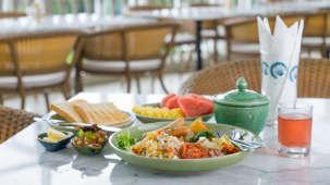 The Moro Pool Restaurant Hotel Panphuree Residence Phuket Dinner in Phuket
