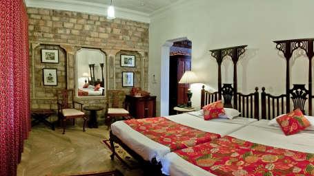 Deo Bagh - 17th Century, Gwalior Gwalior Dhruv Mahal Deo Bagh Gwalior Madhya Pradesh