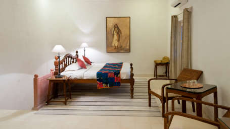 Hill Fort-Kesroli Alwar Sugni Mahal, holiday hotels in Rajasthan