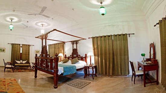 Deo Bagh - 17th Century, Gwalior Gwalior Sakhya Raja Mahal Deo Bagh Gwalior Madhya Pradesh