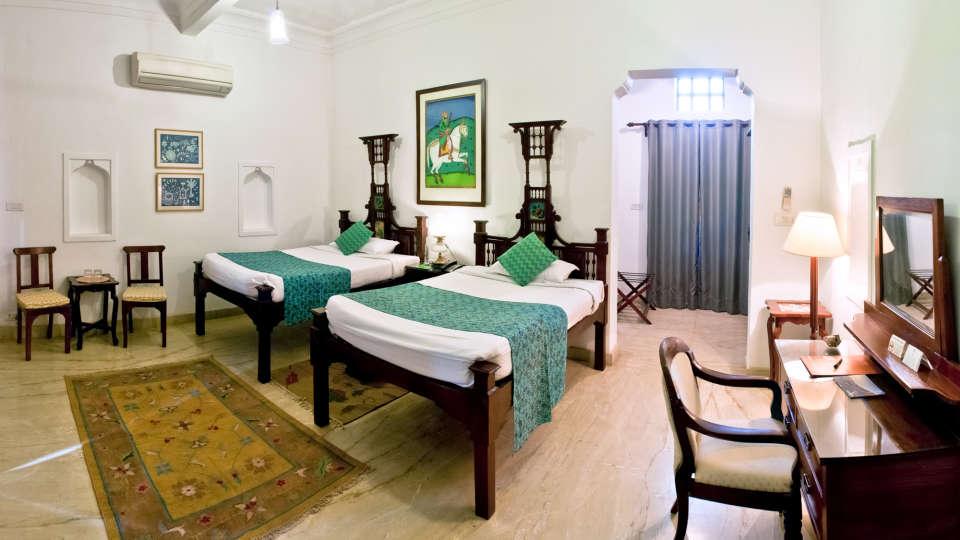 Deo Bagh - 17th Century, Gwalior Gwalior Ranjeet Mahal Deo Bagh Gwalior Madhya Pradesh