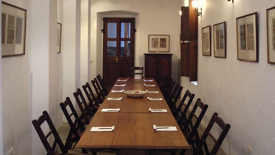 Hotel de l\'Orient - 18th Century, Pondicherry Pondicherry Conference Hotel de l Orient Pondicherry 1